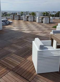 ipe wood deck using modular decking tiles